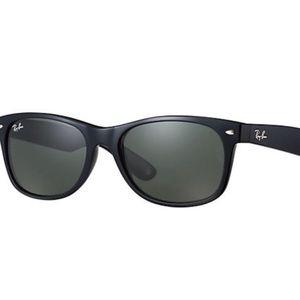 Men's Ray Ban 2132 New Wayfarer Classic Sunglasses